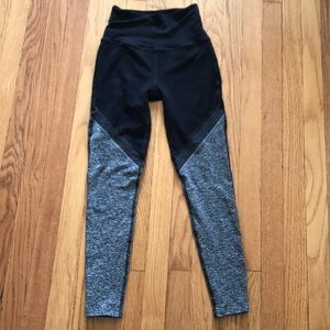 NWOT Beyond Yoga Rise Above Legging